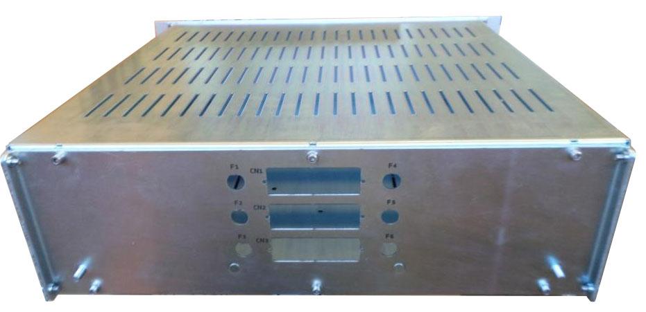 posteriore cassetto rack lavorato a disegno