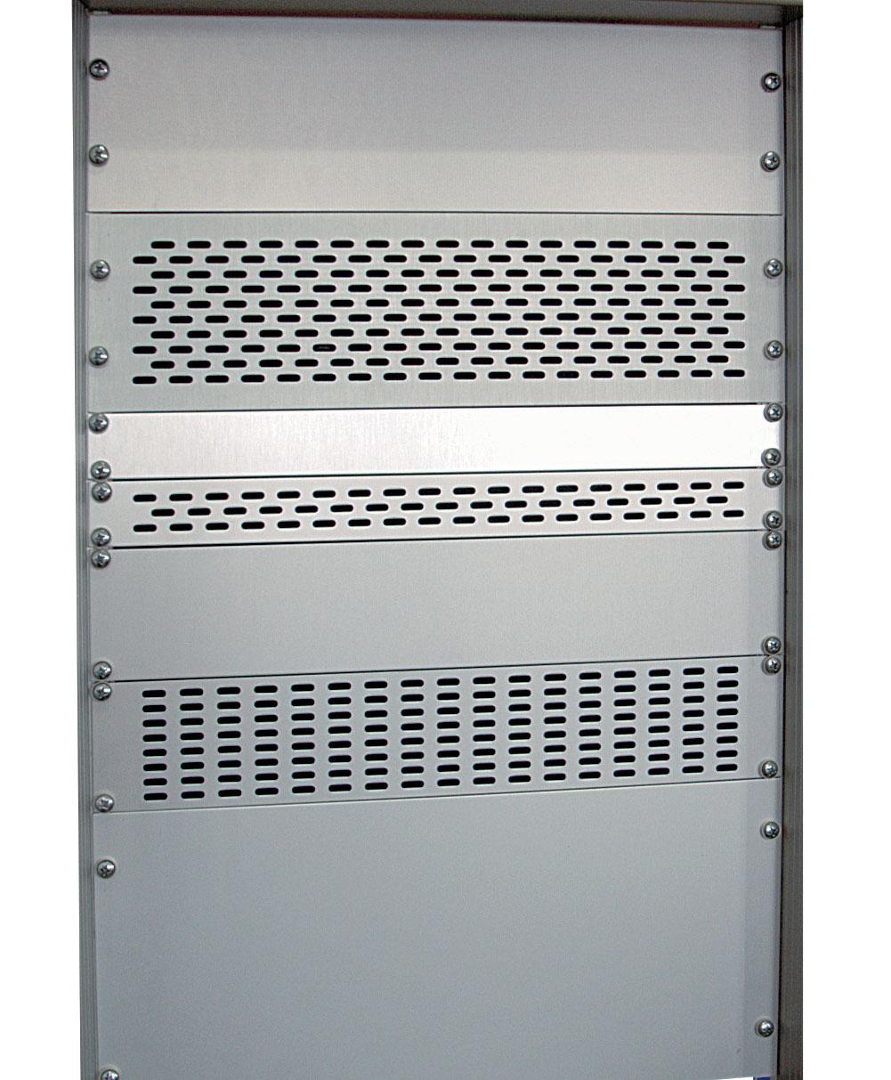 piastre rack 19 pollici in alluminio anodizzato, cieche o areate
