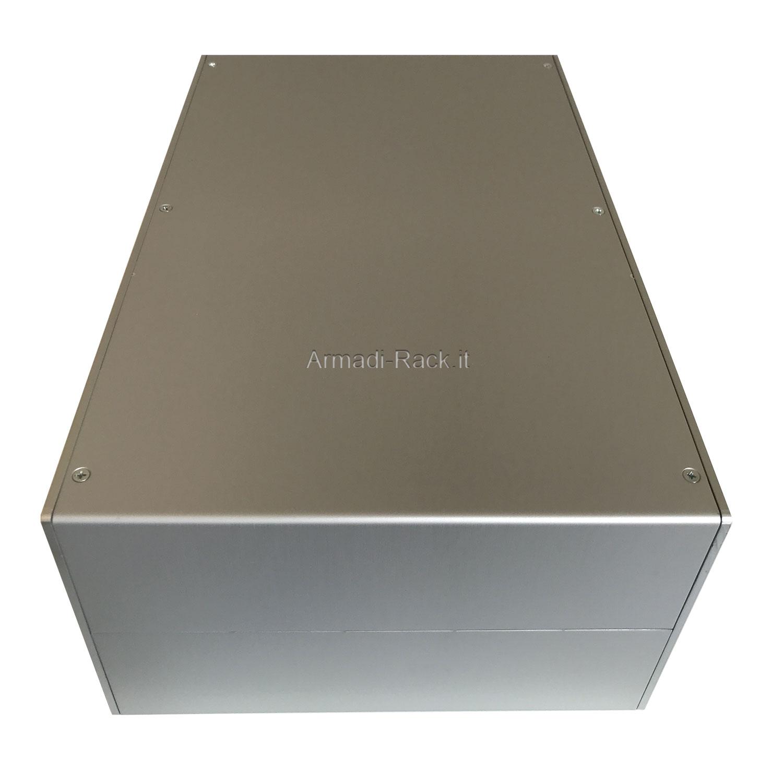 Custodia in alluminio doppio guscio a 'C' uniti da frontale e posteriore H=130, L=333, P=213 mm