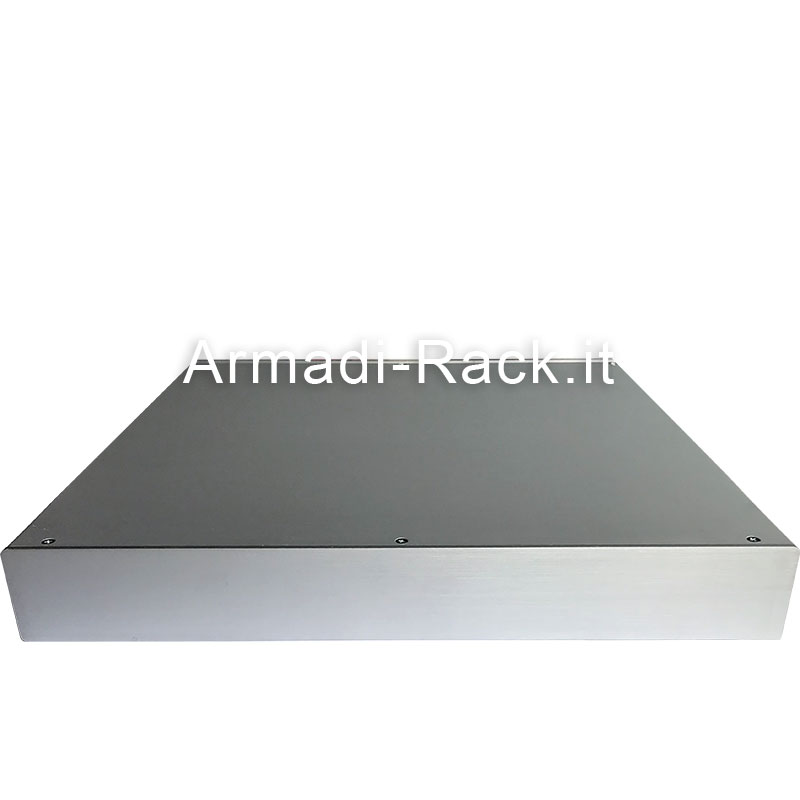 Custodia in alluminio doppio guscio a 'C' uniti da frontale e posteriore H=43, L=434, P=273 mm
