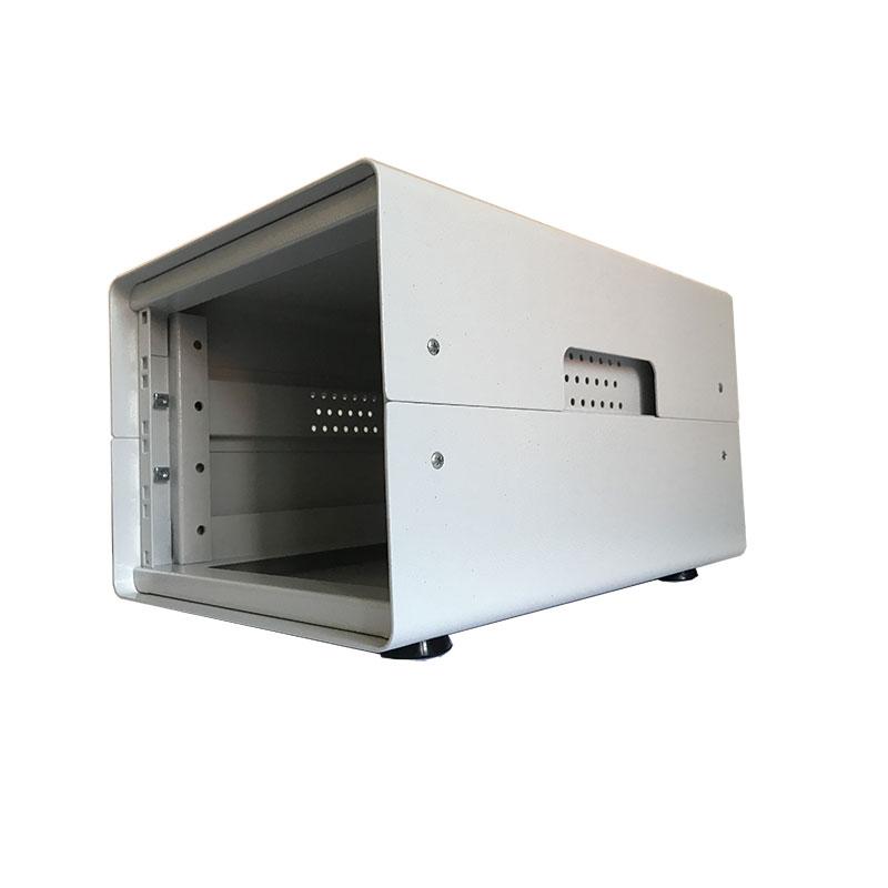Contenitore da scrivania alto 4U, largo 42TE (270mm), profondo 382 mm