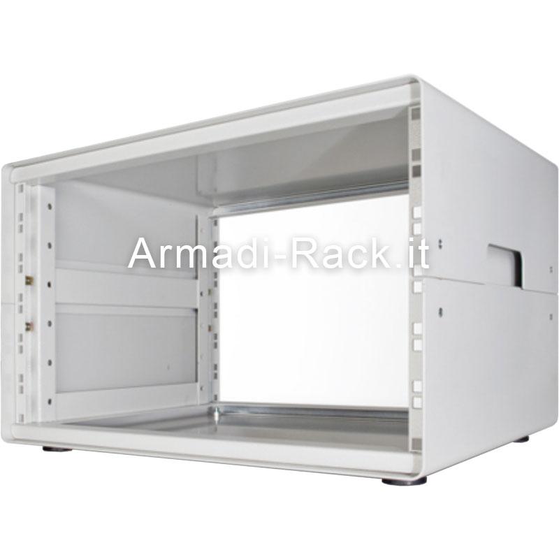 Contenitore da scrivania alto 6U, largo 42TE (270mm), profondo 492 mm