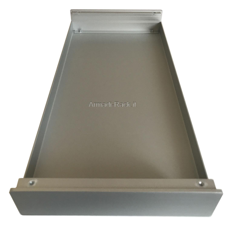 Custodia in alluminio doppio guscio a 'C' uniti da frontale e posteriore H=87, L=242, P=357 mm