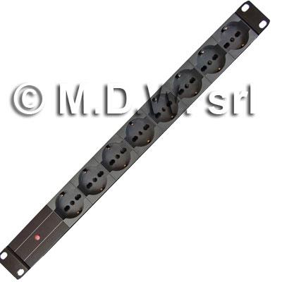 Multipresa 1 unità rack 19 pollici, 8 prese Unel universali 10/16A, Alimentazione diretta con LED presenza rete, Serie ALUMY struttura in alluminio estruso, con spina cavo alimentazione schuko 230 V