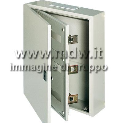 Quadro con porta cieca mis.560Lx880Hx200