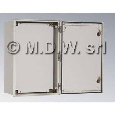 Armadio in poliestere, IP66, dimensioni mm. 300X250X140 (vuota)