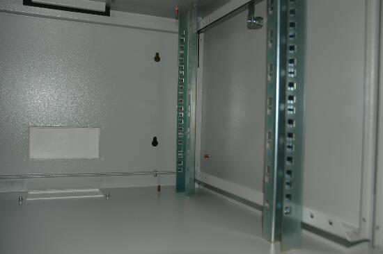 Armadio 7 unita' da muro linea soho (a)420 x (l)600 x (p)600 mm. colore grigio chiaro ral 7035