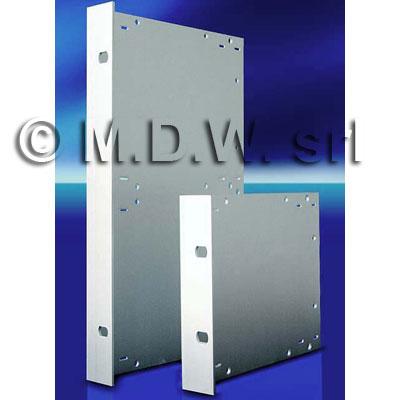 Parete laterale completa di flangia per subrack 9 unità profondi 178 mm per schede da 160 mm