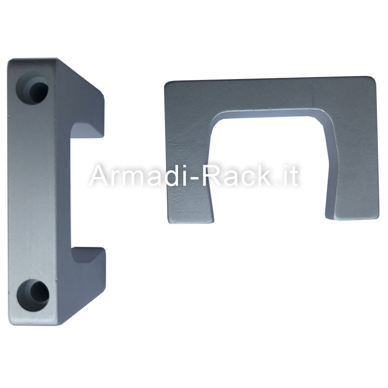 Kit 2 maniglie monoblocco in alluminio anodizzato naturale con fori passanti per viti M4, 2U