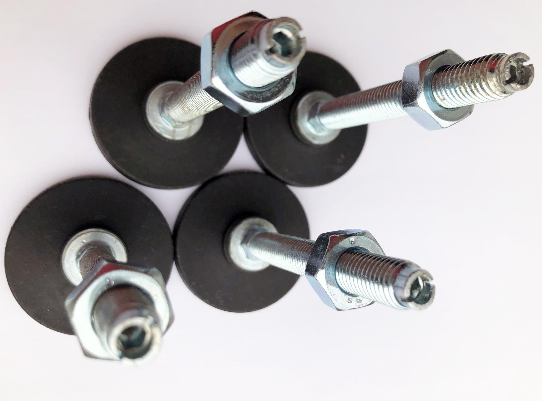 Piedi di livellamento e regolazione in acciaio e gomma per armadi