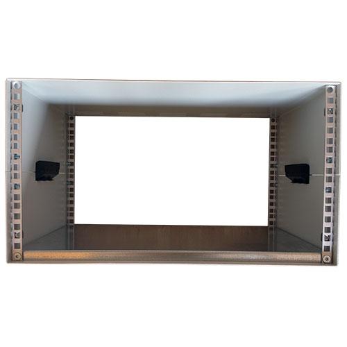 Contenitore standard rack alto 6U (273mm), largo 84TE (496mm), profondo 500 mm con coperture fessurate