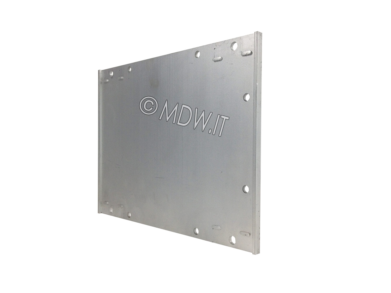Parete laterale completa di flangia per subrack 3 unità profondi 178 mm per schede da 160 mm