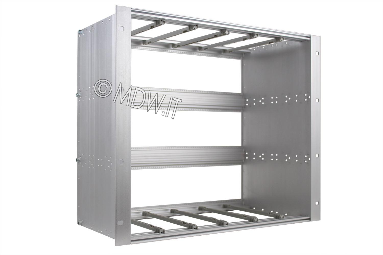 Subrack portamoduli 1 x 9U 84HP x 239 per schede P=220 con connettori ad interasse di fissaggio di 90 mm secondo standard DIN 41612, IEC 60603-2 ed EN 60603-2