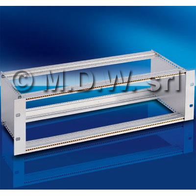 Subrack portamoduli a pareti composte 1 x 9U 84HP per schede P=280 con connettori ad interasse di fissaggio di 90 mm secondo standard DIN 41612, IEC 60603-2, EN 60603-2