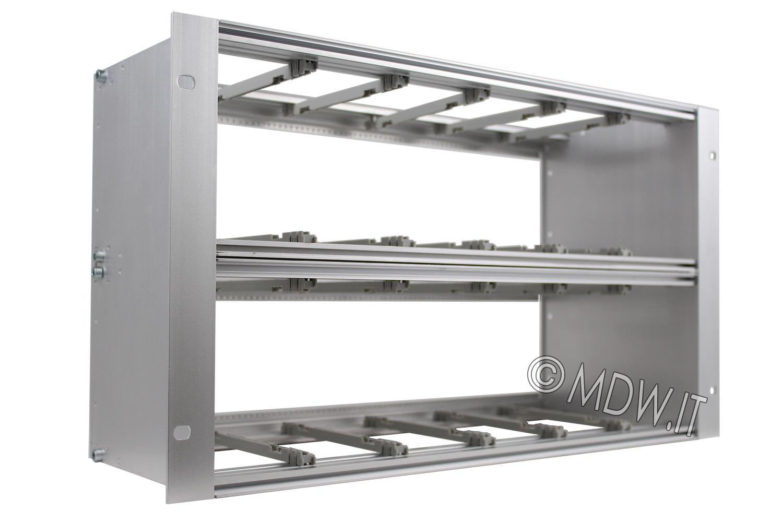 Subrack portamoduli 6U (2 x 3U) 84HP x 178 per schede P=160 con connettori ad interasse di fissaggio di 90 mm secondo standard DIN 41612, IEC 60603-2 ed EN 60603-2
