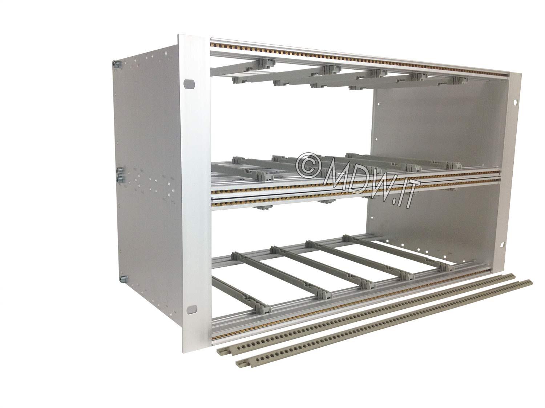Subrack portamoduli 6U (2 x 3U) 84HP x 239 per schede P=220 con connettori ad inserzione diretta o su backplane