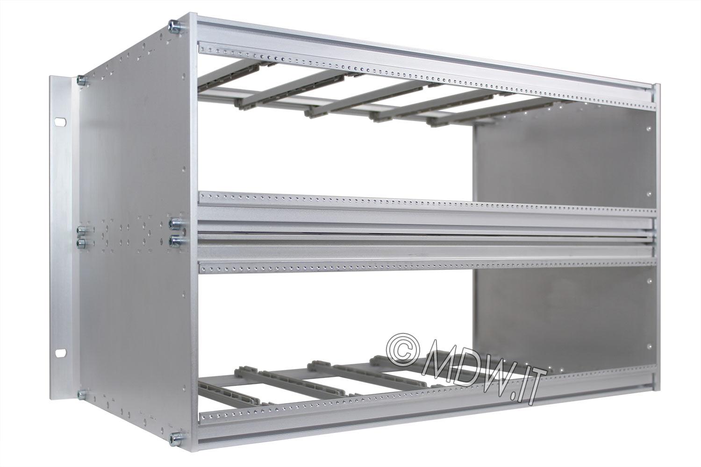 Subrack portamoduli 6U (2 x 3U) 84HP x 239 per schede P=220 con connettori ad interasse di fissaggio di 90 mm secondo standard DIN 41612, IEC 60603-2 ed EN 60603-2