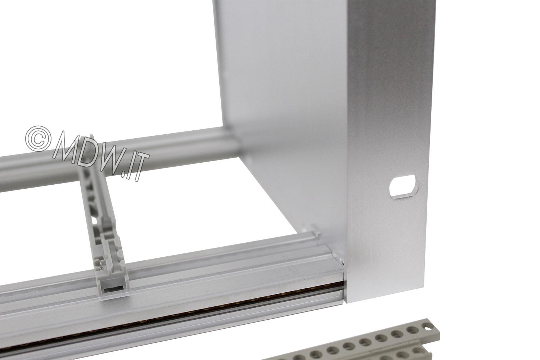 Subrack portamoduli a pareti composte 1 x 6U 84HP per schede P=450 con connettori ad interasse di fissaggio di 90 mm secondo standard DIN 41612, IEC 60603-2, EN 60603-2