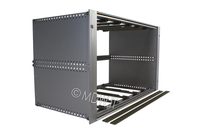 Subrack portamoduli a pareti composte 1 x 6U 84HP per schede P=220 con connettori ad inserzione diretta o su backplane