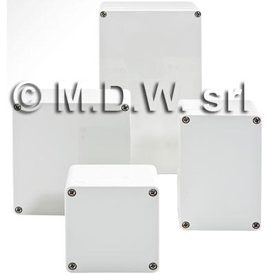 MBM 121211 (122x120x105 mm) custodie in policarbonato ip 65 conformemente alla norma din en 60529