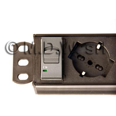 Multipresa 7 prese + inter. Magnetotermico CIVILE 3,0KA - struttura in alluminio
