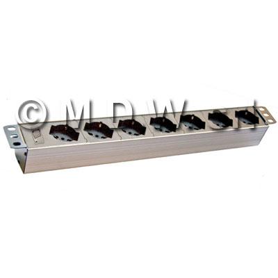 Multipresa 7 prese + inter. Magnetotermico CIVILE 3,0KA - struttura PVC V0