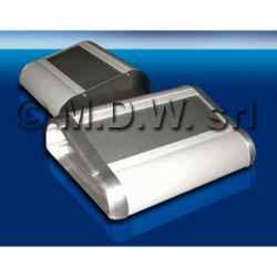Contenitore in alluminio estruso lega 6060 per elettronica con frontale inclinato (da ordinare a parte) larghezza 178 mm