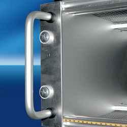 Maniglia (singola) monoblocco tonda diametro 8 mm, in alluminio anodizzato naturale 4U filetto M4