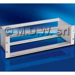 Subrack portamoduli a pareti composte 6U (2 x 3U) 84HP per schede P=160 con connettori ad inserzione diretta o su backplane